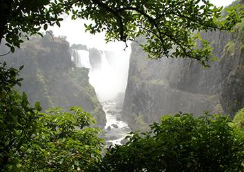 MOZAMBIQUE & ZIMBABWE